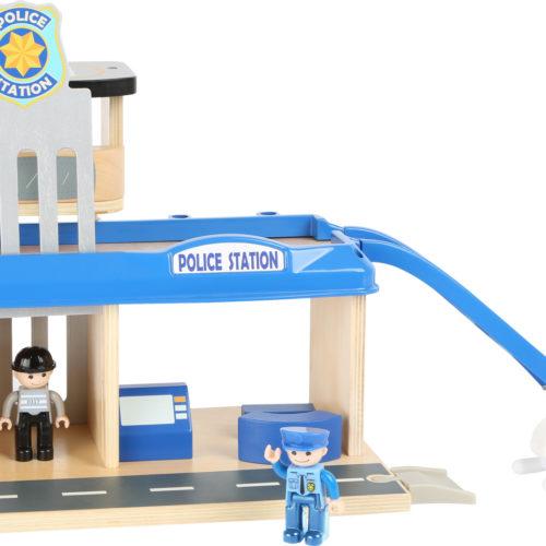 """Small Foot World """"Politseijaam"""""""