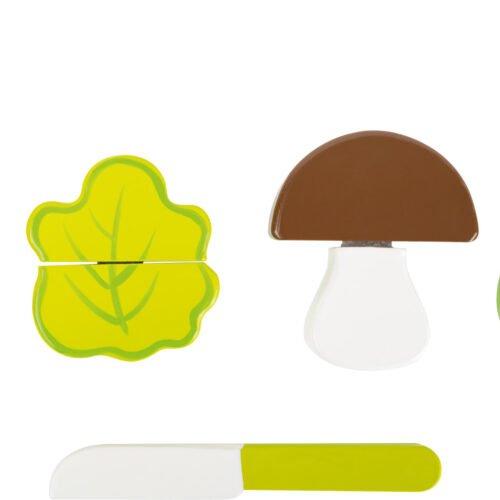 Puidust 4 lõigatavat juurvilja