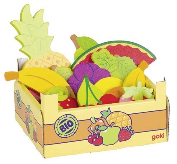 Erinevad puuviljad kastis