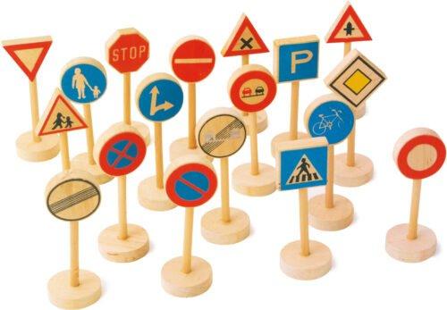 Puidust liiklusmärgid